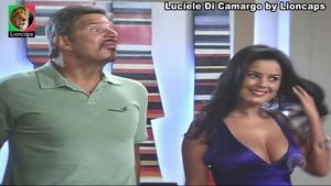 Luciele Di Camargo sensual na novela Bela a Feia