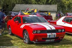 th_557147747_Dodge_Challenger_2_122_204lo