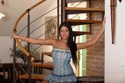 http://img187.imagevenue.com/loc530/th_086817133_MetArt_Presenting_Mia_Manarote_Mia_Manarote_medium_0011_123_530lo.jpg