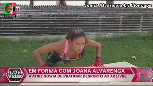 Joana Alvarenga sensual em vários trabalhos